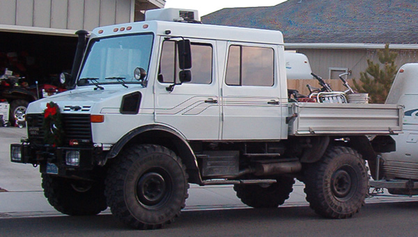 Chas Stricker Unimog 4x4