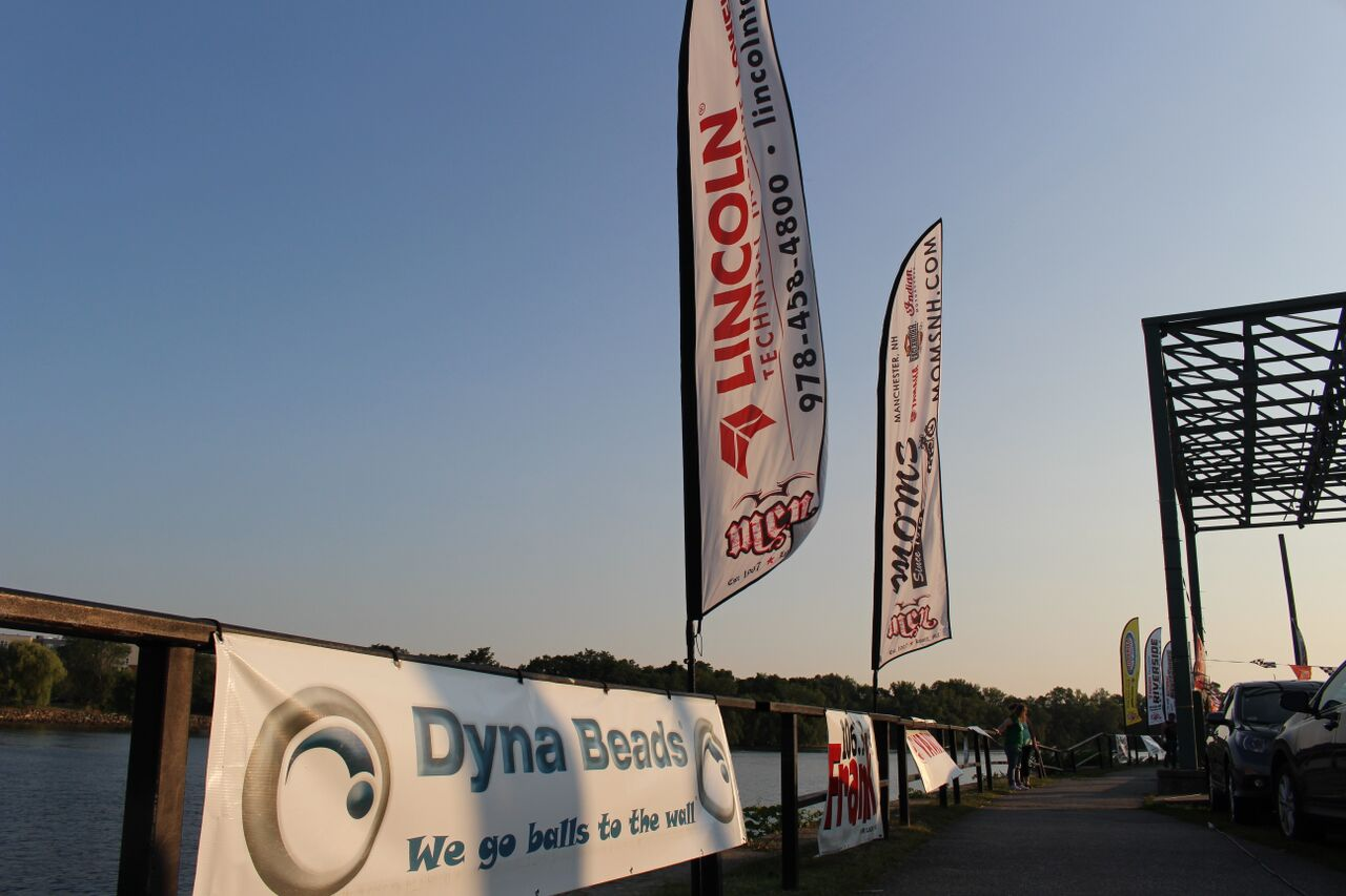 Dynabeads motorcycle night banner